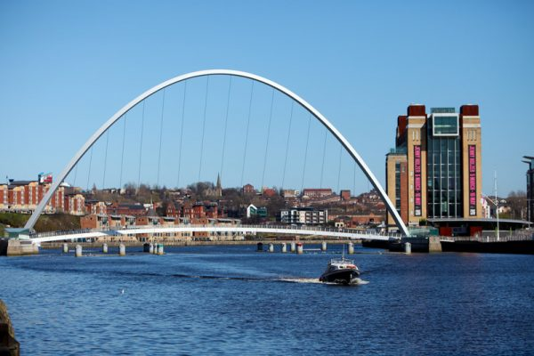 gateshead-millennium-bridge-baltic
